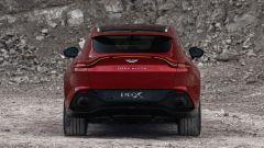 Aston Martin DBX: visuale posteriore