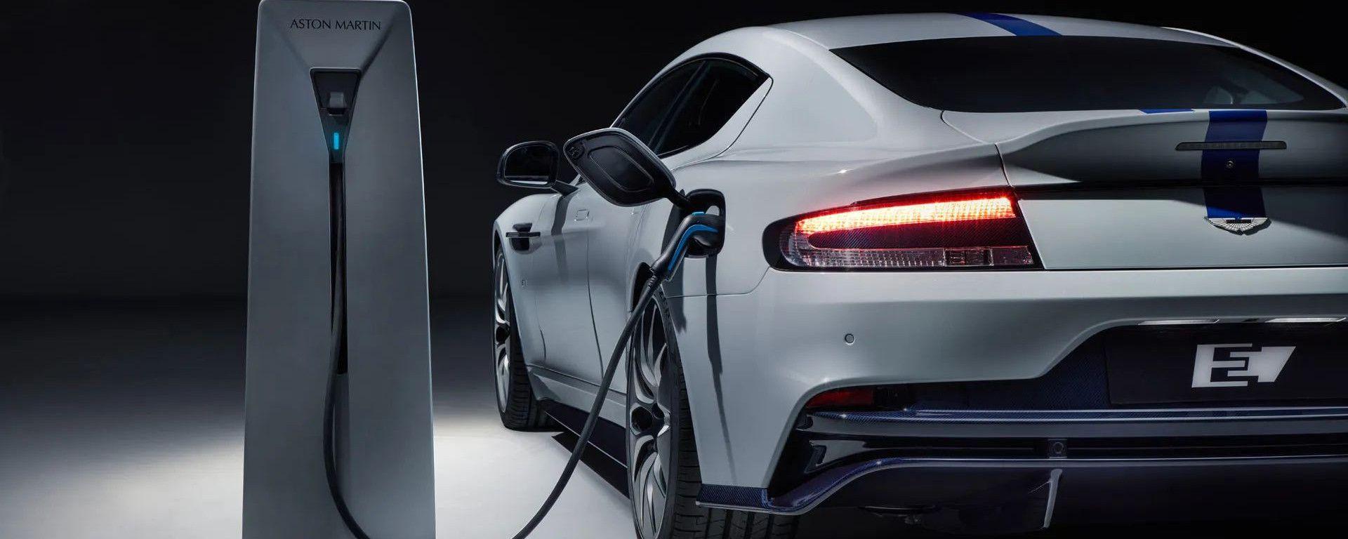 Aston Martin: due auto elettriche entro il 2025
