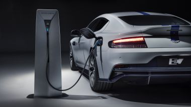 Aston Martin Rapide E, l'elettrica non entra in produzione