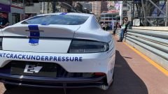 Aston Martin Rapide E: vista posteriore