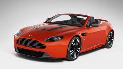Aston Martin V12 Vantage Roadster, nuove foto e dati - Immagine: 27