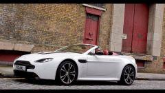 Aston Martin V12 Vantage Roadster, nuove foto e dati - Immagine: 19