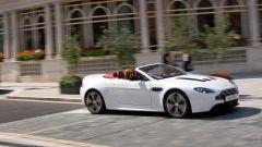 Aston Martin V12 Vantage Roadster, nuove foto e dati - Immagine: 6