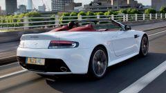Aston Martin V12 Vantage Roadster, nuove foto e dati - Immagine: 8
