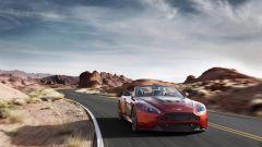 Aston Martin V12 Vantage S Roadster - Immagine: 1