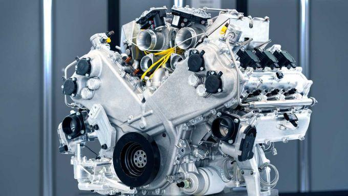 Aston Martin Valhalla: monterà un V6 biturbo elettrificato