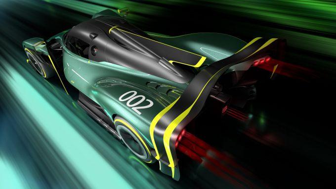 Aston Martin Valkyrie AMR PRO: l'hypercar inglese capace di sfidare i prototipi di Le Mans