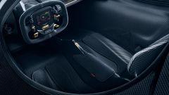 Aston Martin Valkyrie: il posto di guida