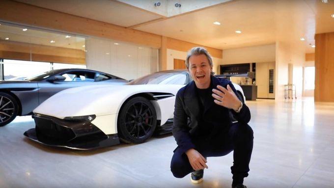 Aston Martin Valkyrie: Nico Rosberg davanti a una bellissima Vulcan