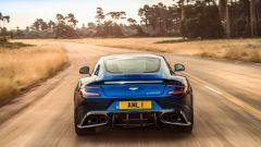Aston Martin Vanquish S: il motore V12 genera 580 cv