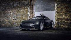Aston Martin Vantage 007 Edition: visuale di 3/4 anteriore