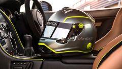 Aston Martin Vantage AMR casco