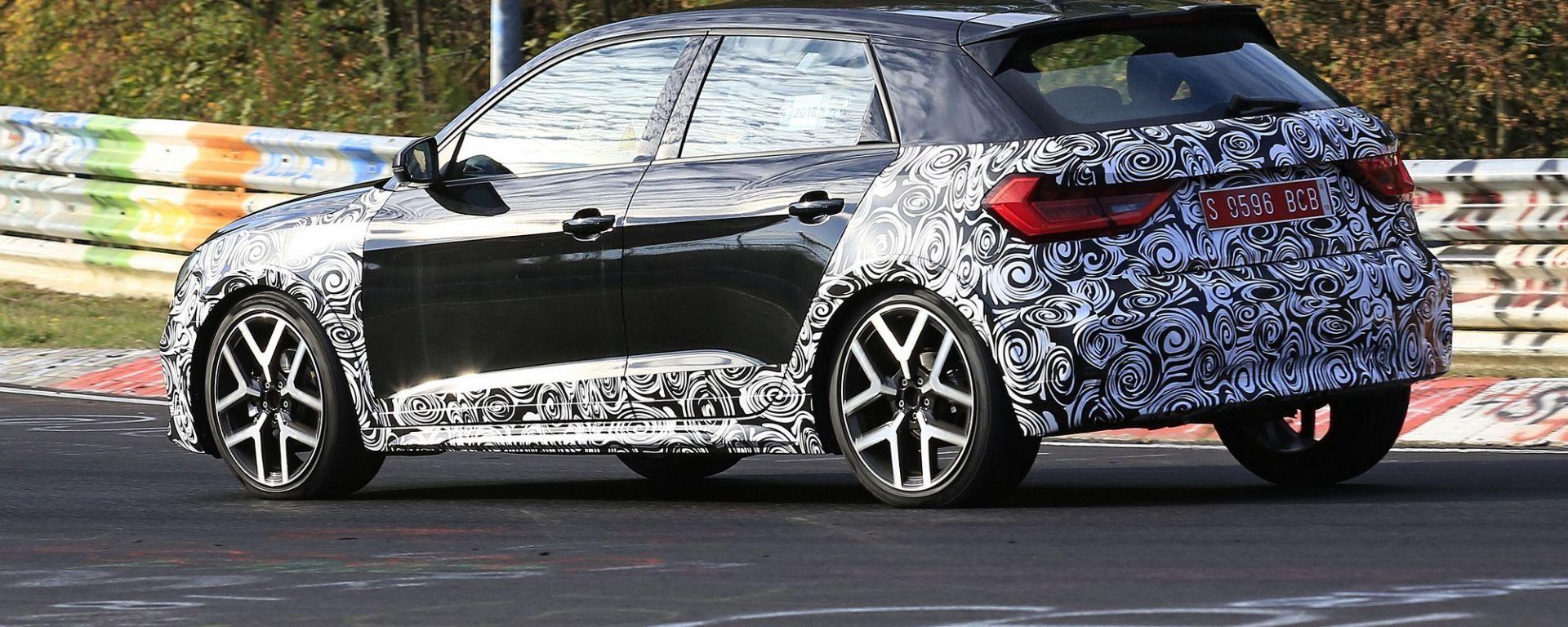 Audi A1 Allroad, prime foto spia