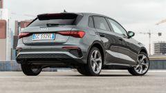 Audi A3 40 TFSIe S Line Edition: una vista di 3/4 posteriore