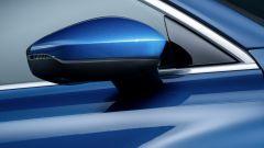 Audi A3 Sportback 2020: un dettaglio dello specchio esterno