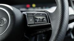 Audi A3 Sportback 30 g-tron: comandi sul volante