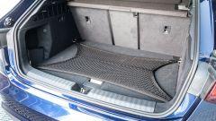 Audi A3 Sportback 30 g-tron: il baule con la retina fermacarico (optional)