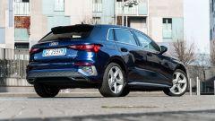 Audi A3 Sportback 30 g-tron: visuale di 3/4 posteriore