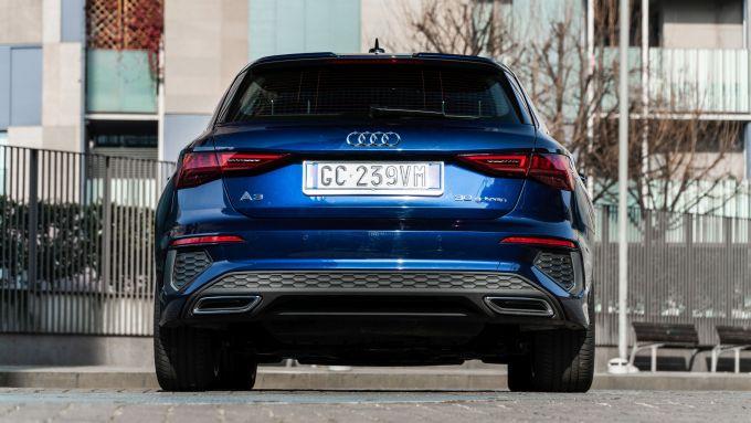 Audi A3 Sportback 30 g-tron: visuale posteriore
