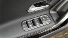 Audi A3 vs Mercedes Classe A plug-in hybrid: alzacristalli e regolazione specchi sulla Classe A PHEV