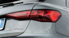 Audi A3 vs Mercedes Classe A plug-in hybrid: i fari posteriori full LED con indicatori di direzione dinamici della A3