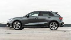 Audi A3 vs Mercedes Classe A plug-in hybrid: la vista di lato dell'Audi