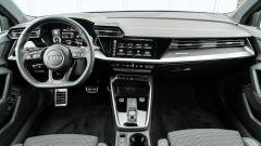 Audi A3 vs Mercedes Classe A plug-in hybrid: l'abitacolo della A3