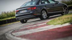 Audi A4 2.0 TDI: 3/4 posteriore