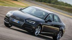 Audi A4 2.0 TDI in pista: vista 3/4 anteriore