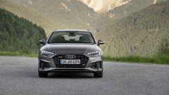 Audi A4 2019: il frontale assomiglia a quello della A6