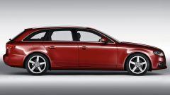 Audi A4 Avant 2008, vista laterale