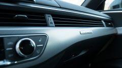 Audi A4 Avant 2019, dettaglio della plancia