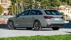 Audi A4 Avant 2019, vista 3/4 posteriore