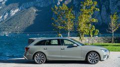 Audi A4 Avant 40 TDI quattro: vista laterale