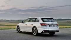 Audi A4 Avant g-tron vista 3/4 posteriore