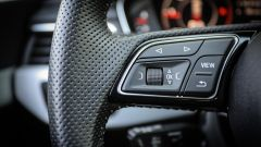 Audi A4 Avant quattro: i comandi al volante