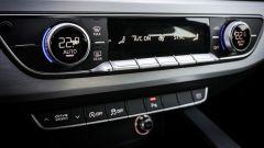 Audi A4 Avant quattro: i comandi del climatizzatore automatico