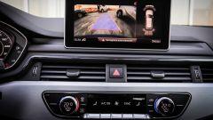 Audi A4 Avant quattro: il monitor del sistema di infotainment