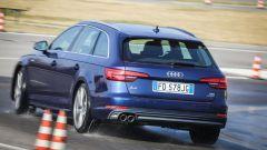 Audi A4 Avant quattro: normalmente la trazione è 60% al posteriore e 40% all'anteriore