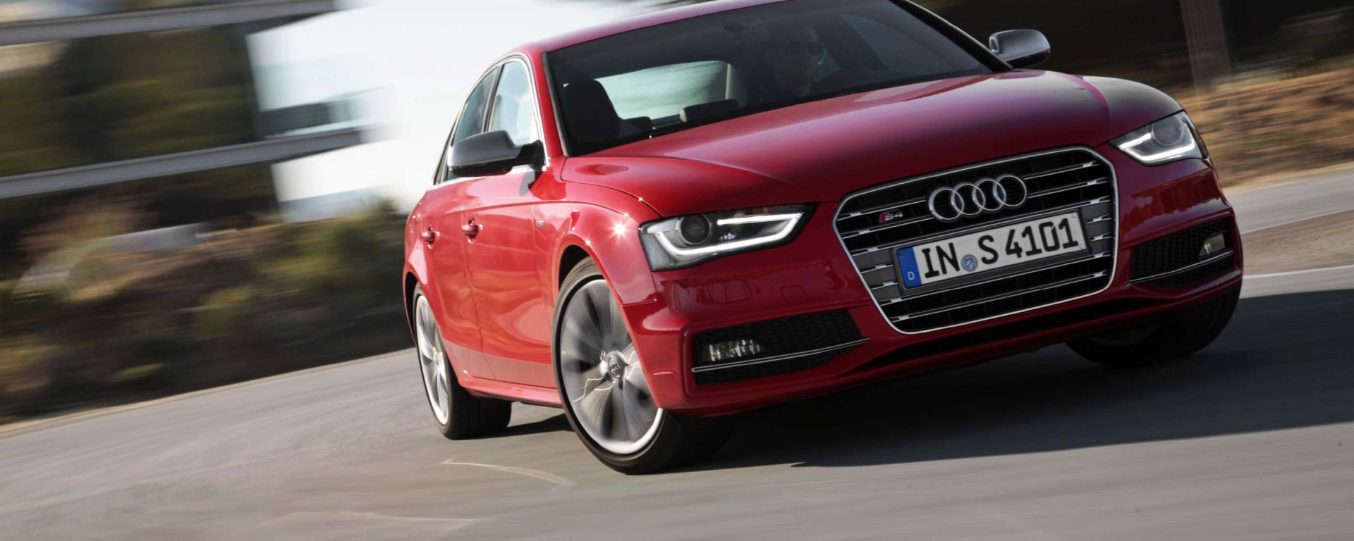 Audi A4 e S4 2012: ora anche in video
