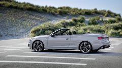 Audi A5 Cabriolet 2020 a tettuccio aperto