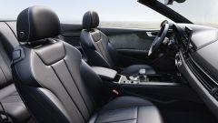 Audi A5 Cabriolet 2020: i sedili anteriori