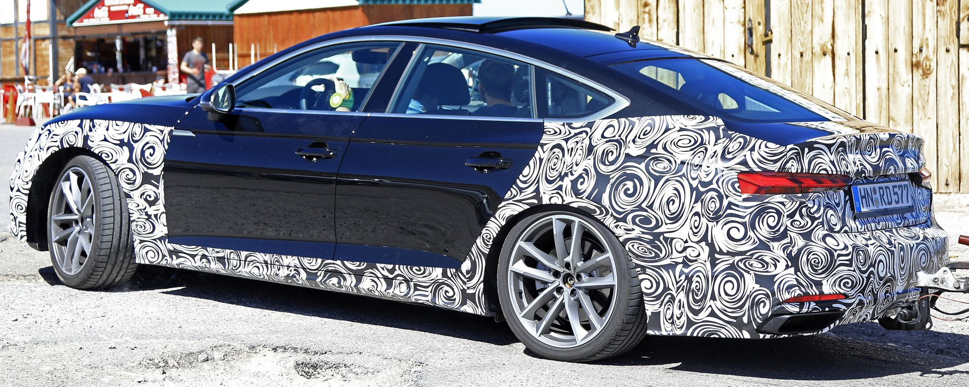 Audi A5 Sportback, prime foto spia del restyling 2020