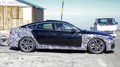 Audi A5 Sportback, restyling in arrivo. Prime foto spia - Immagine: 2