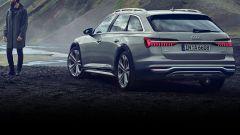 Audi A6 Allroad: ilo dsign dei fari posteriori con il profilo cromato di unione