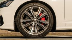 Audi A6 Avant 55 tfsi e quattro: i cerchi in lega da 20