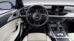 Audi A6 my 2017: ha anche la ricarica wireless per il cellulare
