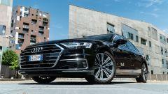 Prova su strada di Audi A8 60 TFSI e, l'ammiraglia ibrida plug-in da 450 CV