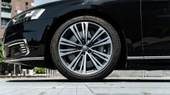 "Audi A8 60 TFSI e plug-in: le ruote da 19"""