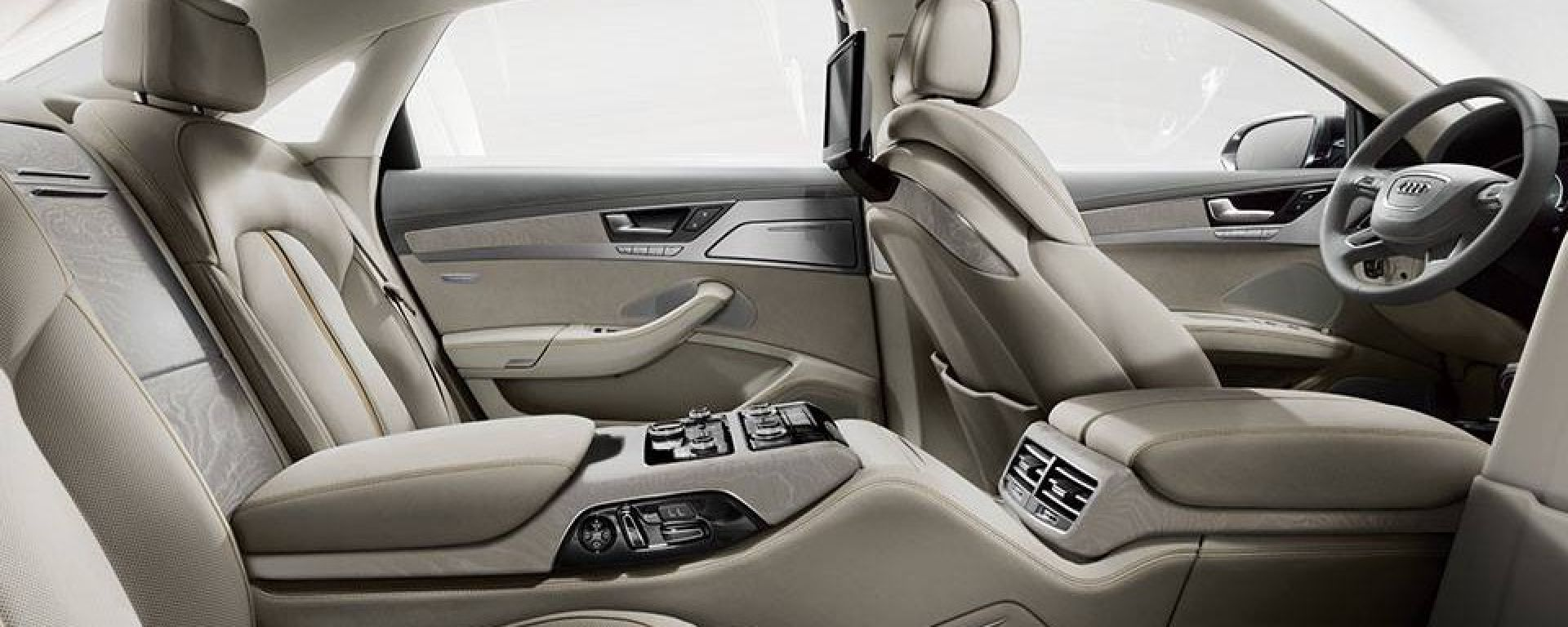 Audi A8 L Chauffeur Edition